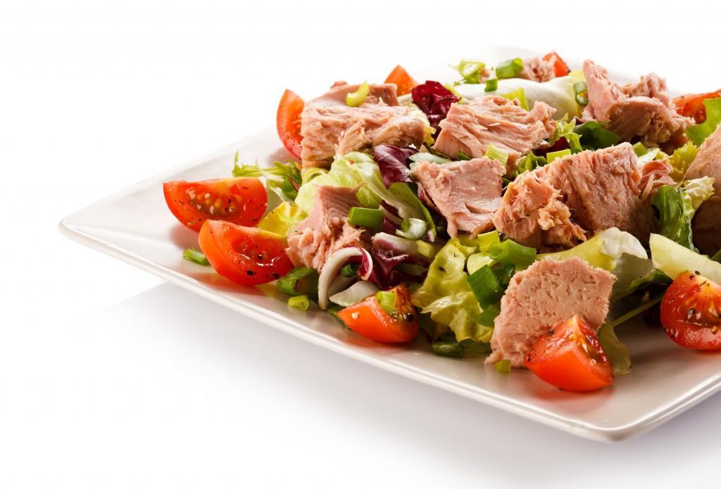 Texanischer Salat mit Thunfisch und Bohnen