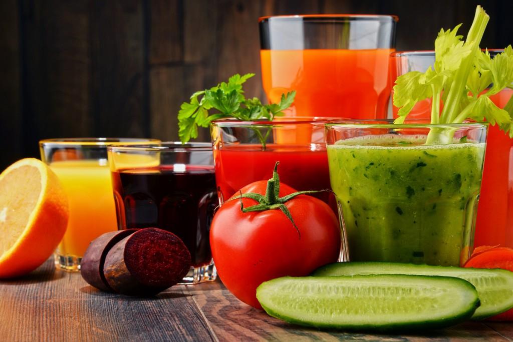 Viel Gemüse für die Detox Diät (c) Bigstockphoto ID: 125202926 |monticello