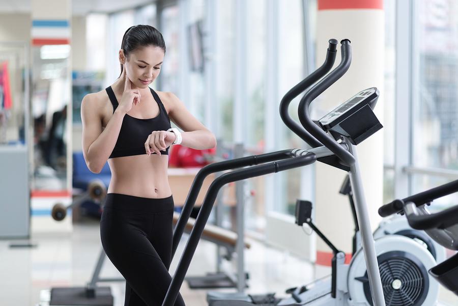 Puls / Herzfrequenz ohne Pulsuhr richtig messen – So geht`s