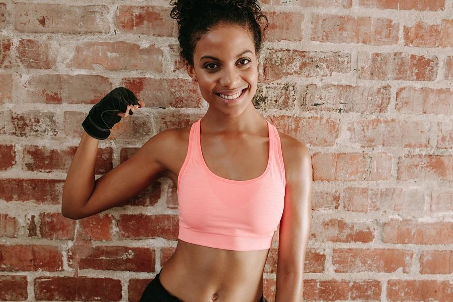 Muskeln aufbauen und Fett abbauen – 3 Ernährungstipps für die Traumfigur